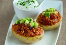 A ognuno la sua patata / Gialla, bianca o rossa, la patata, regina con poche pretese, può essere preparata in mille modi diversi