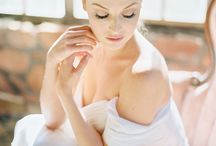 Bridal Poses / Close up poses and imagery for soft bridals