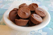 Recipes- Homemade Candy / by Jennifer Rikard