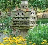 Gardens bird houses and so pn / picturesque gardens and fascinating birdhouses