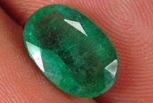 Batu Zamrud / Jual Aneka batu Zamrud 100% natural  dengan harga bersahabat. Info: http://rawa-bening.com/19-emerald Order: 0 8 8 8 1 6 2 6 2 5 2