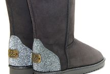 Let's crystallize / If you are looking for something which can illuminate you and gives a superb shine If you want something that makes you stylish, elegant and gorgeous then Swarovski Crystal Sheepskin Ugg Boots are designed for you.