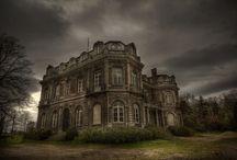 Lovely Dark Places / Endroits désertés qui conservent un certain charme!