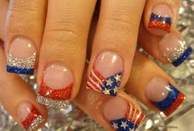 pretty nails / by Sara Moss