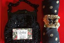 The Juliette / Named after Sarah's fashionista daughter, The Juliette has 1-2 authentic vintage accessories including jewelry, purses, scarves and more!   Here are some past Juliette's sent to vintage-loving ladies!   Want to join the fun and get a box full of vintage surprises every month? Subscribe at www.RedbirdVintageBox.com!