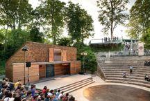 Teatri, arredo urbano
