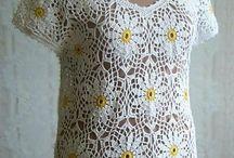 bluză cu flori pentru fusta cu flori