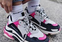 balenciaga sneakers (love)