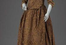 Round gown 18th century