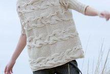 Свитер с косами / Идеи вариаций вязаных кос. Это могут быть детали пуловера или все изделие. Комы могут быть одинарные, двойные, в виде ромбов. кокетка из кос - это особая модель пуловера. Он выглядит изящно с любой из базовых вещей вашего гардероба.
