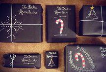 Christmas Gathering - Gift Wrap