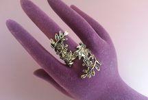 Anillos / Un conjunto de anillos increíbles que harán que tus manos se vean maravillosas.