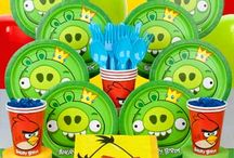 Angry Birds Party Supplies / Find Angry Birds Party Supplies, Decorations and Angry bird party favors. Plan the perfect Angry Birds party.