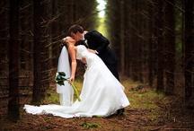 Wedding picture ideas! / by Lauren Finley