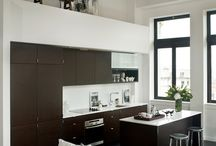 Kitchens & Pantries / by Sylvia Samy
