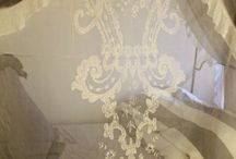 Encajes, puntillas y tules / embroidery, lace and tulle,  ... broderies, dentelle et tulle ...
