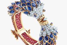 Jewellery / ..