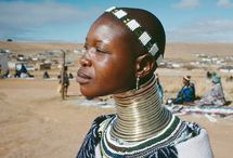 fEMMES GIRAFES D'AFRIQUE