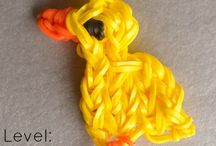 Make keyrings with loombands with out a loom