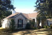 Roofing Repairs and Replacement - Austin / We are the Roofing Experts in Austin Texas. Residential asphalt and metal roof installs, replacement and repairs.