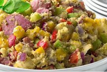 Perfect Picnic / Warm weather brings the chance to entertain outdoors.   Try some of our Picnic recipes for dining alfresco. / by Giant Food