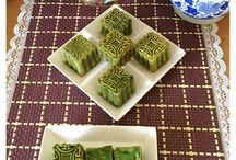 Mooncakes / by Winnie Cheong