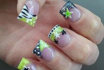 Nails! / by Lindsey Christensen