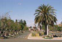 A la découverte d'Antsirabe / Antsirabe (ou Antsirabé) est la troisième plus grande ville de Madagascar,
