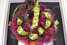 Halloween / Halloween wreaths, Halloween decorations