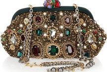 Handbags / by Mariana Rivera Ríos