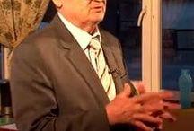 Szabó Szigfrid / Szabó Szigfrid Genius díjas feltaláló, a Reg-Enor kifejlesztője. Természetgyógyászként, reflexológusként praktizál még ma is. A Reg-Enor-t a szervezet méregtelenítésére fejlesztette ki, de az évek során azt tapasztalta, hogy az egészségügyi állapot javulása mellett még fogytak is a betegei.