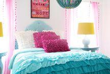 Girl Bedroom / by Briana Budgin