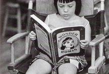 Crianças leitoras na história da arte / by Mary Di Branchi