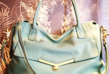 Hand me that Bag / by Rubina Sheth