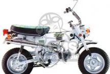 Dax / Honda Dax minibikes.