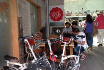 MOBEO Pisa Fuerte en Madrid / Fotos de nuestras bicis por Madrid