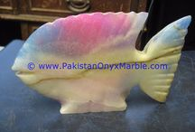 ONYX FISHES COLORED PATCHWORK TUKRI ONYX HANDCARVED STATUE SCULPTURE