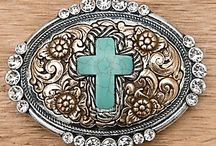 Accessories: Belts & buckles / by Tiffany Rausch