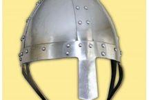 Yelmos medievales helm / Cascos y yelmos medievales. Medieval helms and helmets.