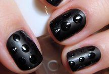 Cool Nails / by Cara Waskom