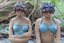 dames aan strand