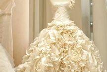 Weddings.... Because I love weddings / by Jessica Nastasi