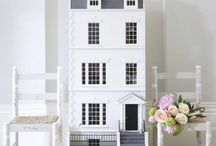 The Little House / Doll houses and furnishings