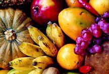 Fruit / by Irene Moreno