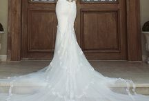 Vintage and Lace Wedding Dresses
