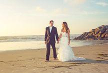 San Diego Beach Wedding Photos and Photographer / San Diego Beach weddings are so beautiful and popular. We love photographing weddings at the beach in San Diego, Carlsbad, Del Mar and Coronado. San Diego Photographers Holly Ireland Photography www.hollyireland.com