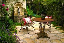 Outdoor Living / by Teresa Livingston