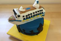 Cruise ship cakes / Cakes shaped liked cruise ships