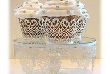 Cupcakes / by Marja Winckel