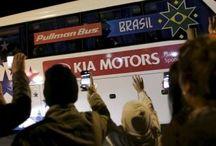 Multidão de torcedores recebe a seleção brasileira no Chile